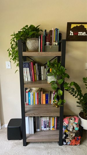 Bookshelf for Sale in Annapolis, MD
