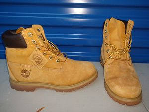 Men's timberland boots size 9.5 for Sale in Mount Rainier, MD