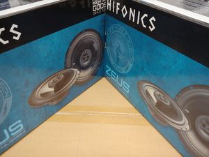 Hifonics (total 2 pairs) hifonics 6.5 inch 3 way 300 watts car speakers brand new for Sale in Huntington Park, CA