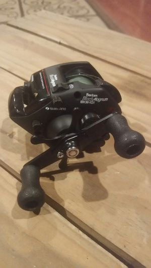 Fishing reel for Sale in St. Louis, MO