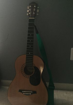 Left handed guitar w/ strap for Sale in Germantown, MD