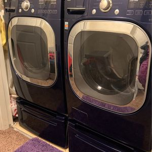 LG washer and dryer set READ DESCRIPTION for Sale in Bakersfield, CA