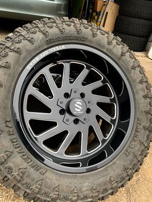 20x10 INCH STEEL OFF-ROAD RIMS WITH 33x12.50R20 RENEGADE TIRES for Sale in Grand Prairie, TX
