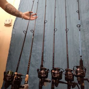 8* BRAND New PENN PURSUIT 4000 ON 8 New RODS for Sale in Fort Lauderdale, FL