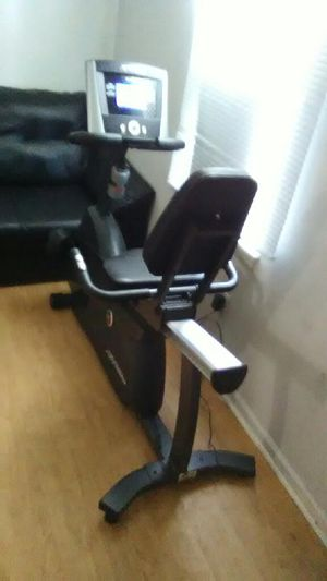 R1 lifecycle fitness life recumbent bike for Sale in Philadelphia, PA