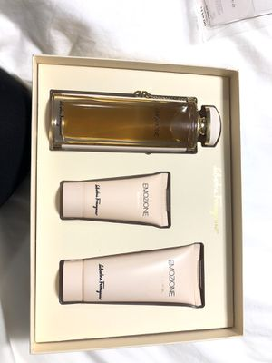 Ferragamo perfume set for Sale in Los Angeles, CA