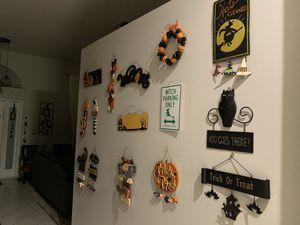 Halloween decorations $3 each , 2x $5 for Sale in Pembroke Pines, FL