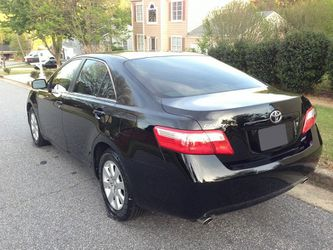 Very Nice 2007 Toyota Camry XLE FWDWheels for Sale in Oceanside,  CA