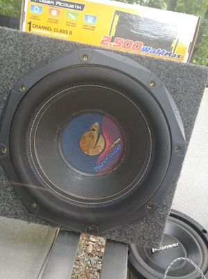 Planet Audio Subwoofer in box with wires for Sale in Kingsport, TN