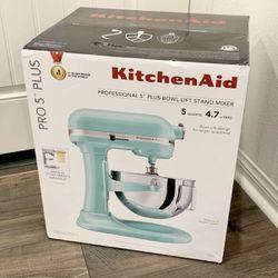 KitchenAid Professional 5 Plus 5qt Stand Mixer Bowl Lift Baking Kitchen Aid KV25G0X BRAND NEW SEALED for Sale in Alhambra,  CA