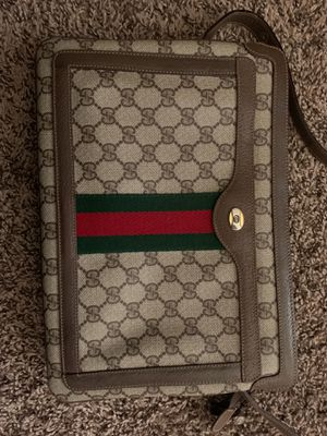 Vintage Cross Body Gucci Bag for Sale in Austin, TX