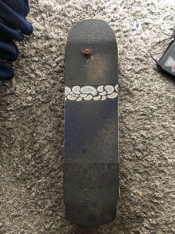 Omen longboard L:36.5 W:9.5