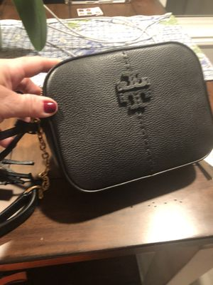 Tory Burch McGraw Camera Bag - Brand New from online purchase for Sale in Rancho Cucamonga, CA
