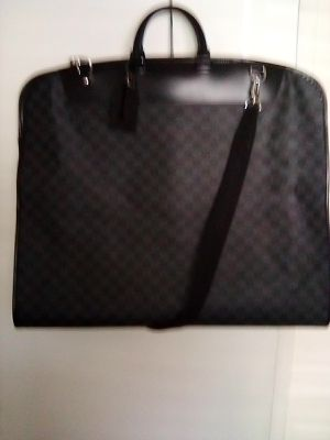 Louis Vuitton travel suit cover bag for Sale in Indio, CA