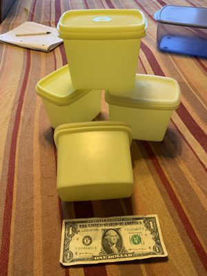 Tupperware refrigerator door space saver containers. $3 each. Rochester wa for Sale in Rochester, WA