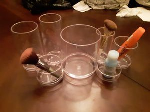 Clear Acrylic Makeup Brush Organizer for Sale in Tampa, FL
