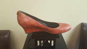 Gucci size 39/ 9 for Sale in Washington, DC