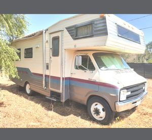 1976 dodge motorhome. 23 foot. 360 motor. Run's but needs carb rebuilt. for Sale in Menifee, CA
