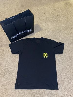 Chrome Hearts T-shirt❤️🀄️✝️ for Sale in Detroit, MI