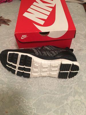 Nike lupinek flyknit low for Sale in Falls Church, VA
