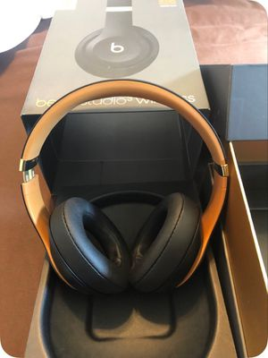 Beats Studio 3 Wireless Headphones for Sale in San Bernardino, CA