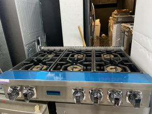 "Viking 36"" range top in stainless steel new open box for Sale in West Covina, CA"