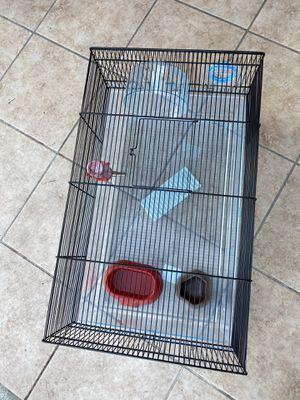 Una jaula para conejos para una guinea Pig El tamaño es 24 × 12 esta nueva for Sale in Los Angeles, CA