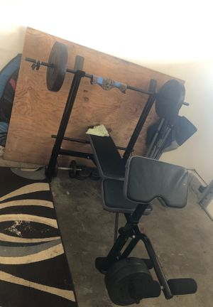 Workout bench set with dumbbells for Sale in Lompoc, CA