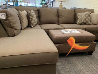 .. ^ Calicho Cashmere Laf Sectional.. Delivery Available for Sale in Spring,  TX