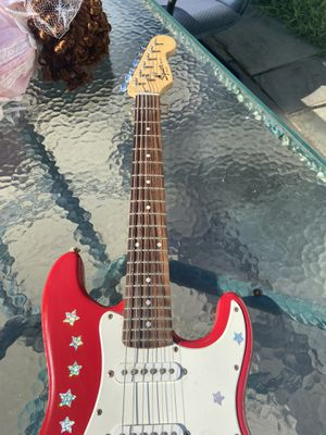 Fender mini guitar for Sale in Bridgeport, CT