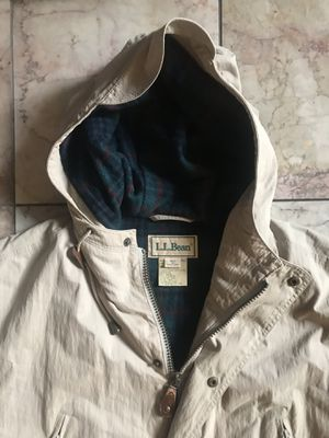 Vintage LL Bean Plaid Lined Hooded Parka Jacket for Sale in Alameda, CA