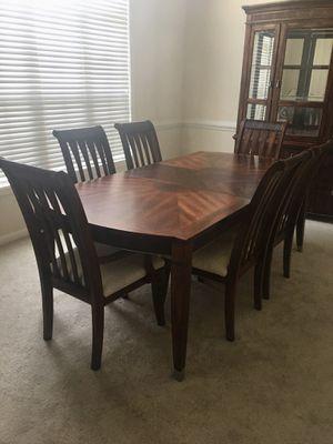 Dining room set for Sale in Atlanta, GA