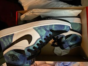 Jordan 1 tie-dye woman size 9 trade for 8.5 for Sale in Miami, FL