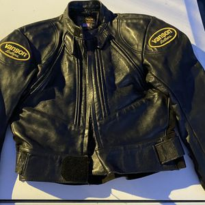 Vanson Leather Motorcycle Jacket Size Women's 12 for Sale in Vallejo, CA