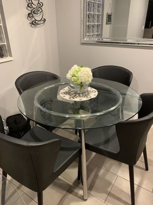 Glass kitchen table (not chairs) for Sale in Fort Lauderdale, FL