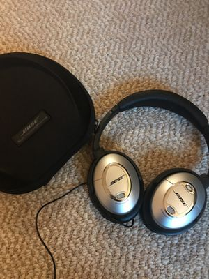 Bose Noise Cancellation headphones! for Sale in Chicago, IL