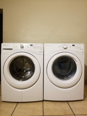 BEAUTIFUL WHIRLPOOL DUET WASHER AND ELECTRIC DRYER for Sale in Glendale, AZ