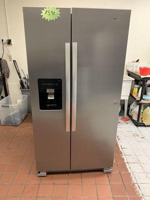 Refrigerator Whirpool 2019 for Sale in Bloomington, CA