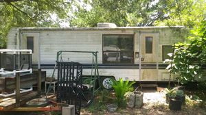 Camper prower 29 ft everything works for Sale in DeFuniak Springs, FL