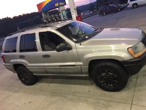 Nice Jeep Grand Cherokee 4wd for Sale in Pittsburgh, PA