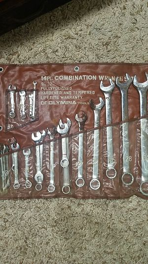 20 pc Wrench set for Sale in Columbus, OH