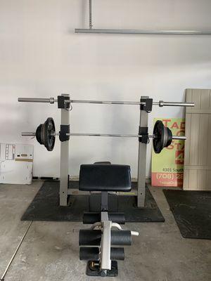 Gold's gym pro series GB2000 for Sale in Oak Lawn, IL