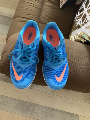 Nike's shoes size 8.5 no box super comfy $20 firm for Sale in Bakersfield, CA