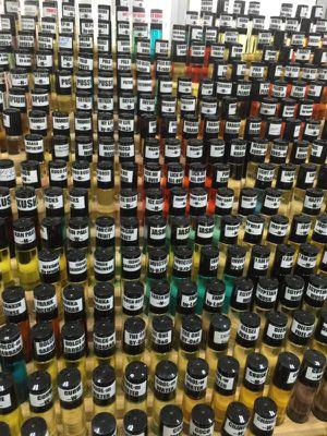 Lot of 100 pcs wholesale 1/3 oz body oil for Sale in Atlanta, GA