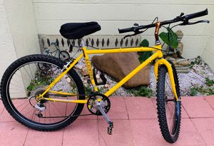 "Rare Schwinn High Sierra 18 Speed Mountain Bike for Someone 5'11""-6'2"" Tall for Sale in Tampa, FL"