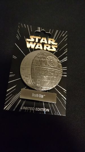 Star Wars Vehicles Pin of the Month Death Star LE Disney Pin 5000 made for Sale in Anaheim, CA