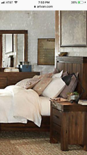 King Bed Set for Sale in Detroit, MI