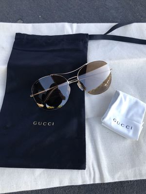 Gucci aviator sunglasses for Sale in Simi Valley, CA