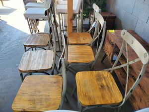 Metal chairs for Sale in Fontana, CA