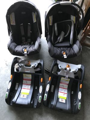 Chicco keyfit 30 car seat and base for Sale in Neenah, WI